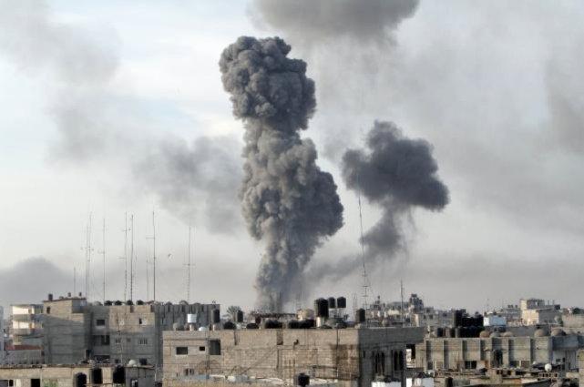 Ceux qui protestent parce que les marchandises entrant à Gaza sont  contrôlées... (Photo AFP)