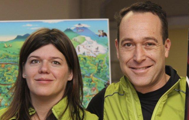 Les propriétaires de la station Au Diable Vert,... (photo alain Dion, archives La Voix de l'Est)