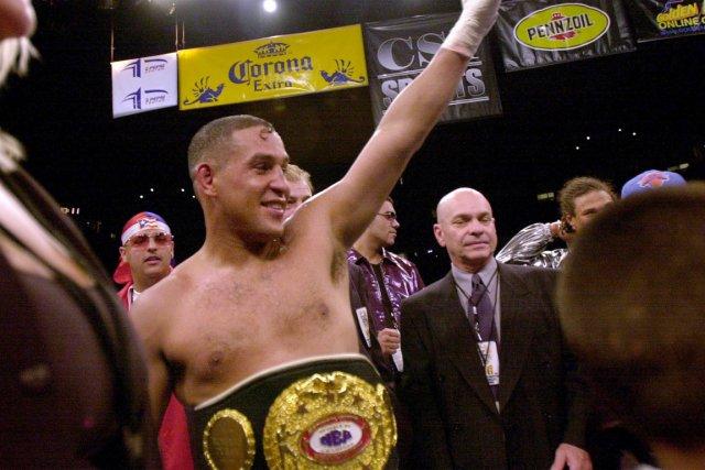 Le boxeur Hector «Macho» Camacho, après sa victoire... (Photo: archives AFP)