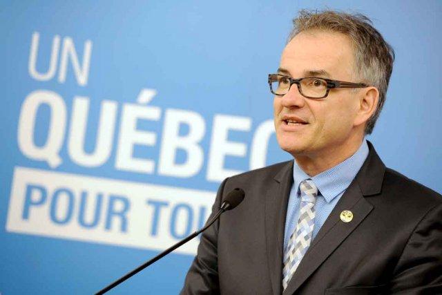Le ministre de la Santé et des Services... (Le Soleil, Patrice Laroche)