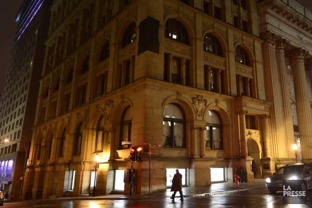 L'immeuble patrimonial Saint-Régis, situé dans le Vieux-Montréal, a... (Photo : Bernard Brault, La Presse)