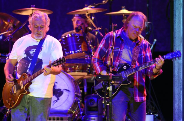 Spectacle de Neil Young et de son band... (Photo: Bernard Brault, La Presse)