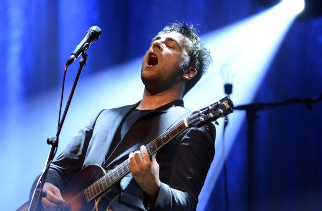 Dumas en concert au Métropolis.... (Photo: Bernard Brault, La Presse)