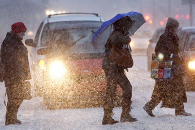 La première vraie tempête de neige de l'année provoque un nombre élevé de... (Archives La Presse)