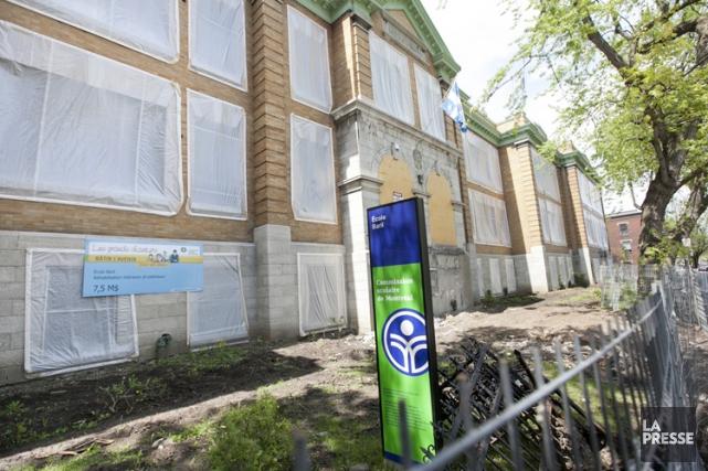 Située dans Hochelaga-Maisonneuve, l'école Baril est contaminée par... (Photo: Hugo Sébastien Aubert, Archives La Presse)