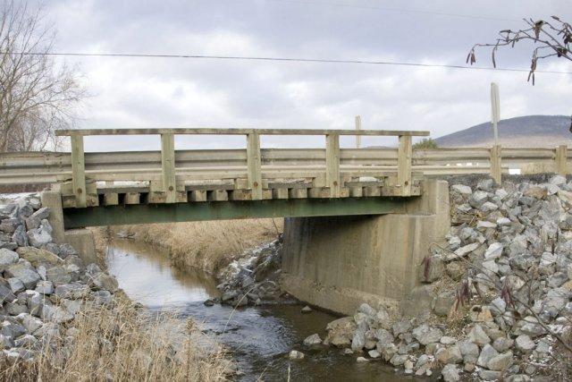 Dans le cas du pont du chemin Bergeron,... (photo Stéphanie Mantha)
