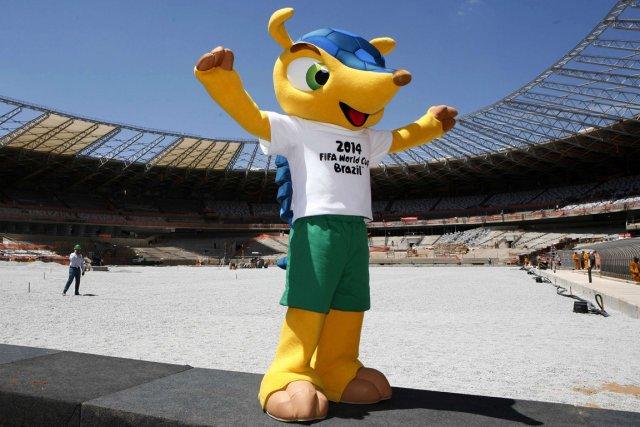 La mascotte du mondial 2014 s 39 appellera fuleco soccer - La mascotte de la coupe du monde 2014 ...