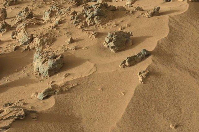 La Nasa observe depuis deux semaines une vaste tempête de poussière sur Mars... (Photo Associated Press)