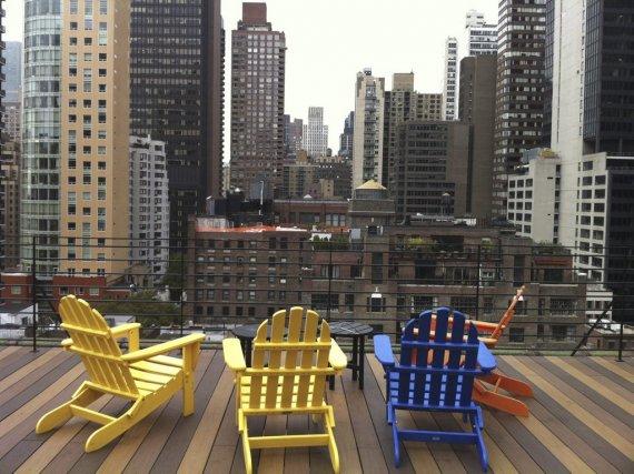La terrasse du Pod Hotel à New York.... (Photo: Émilie Bilodeau, La Presse)