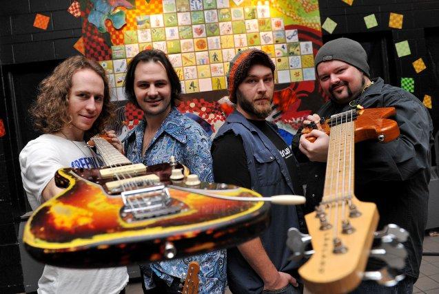 Le quatuor sherbrookois Greenwood a décidé de lancer... (Imacom, Frédéric Côté)