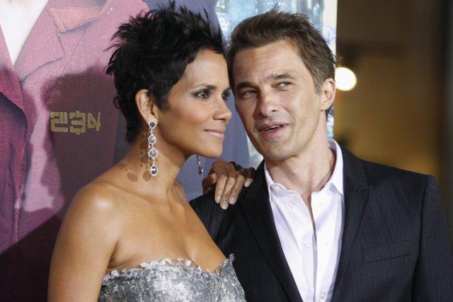 Olivier Martinez et Halle Berry le mois dernier.... (Photo: Reuters)