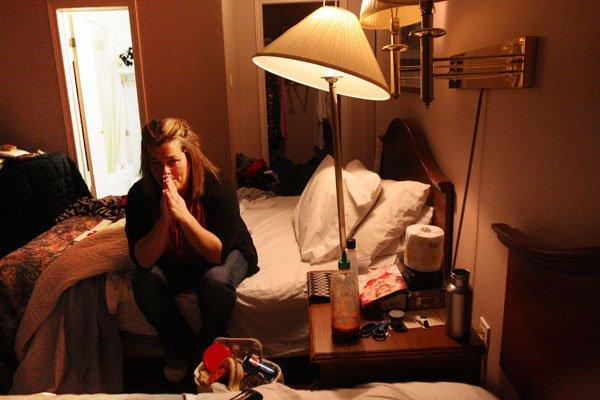 Lorsque l'on pousse la porte de la chambre 135 d'un motel anonyme du  chemin... (Étienne Ranger, LeDroit)
