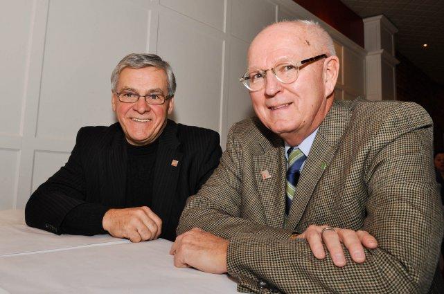 Le président d'IDÉ Trois-Rivières, Réjean Hardy, et son... (Photo: Émilie O'Connor)