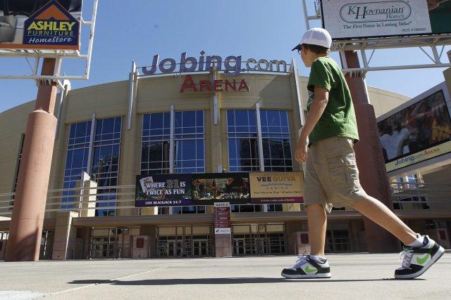 Le Jobing.com Arena, domicile des Coyotes, est désert.... (Photo: AP)