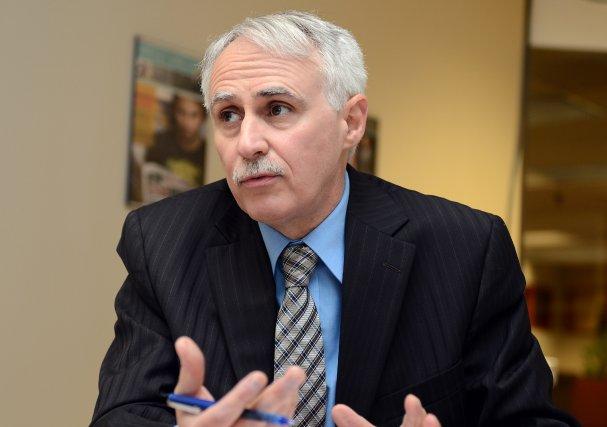 Dr Donald Aubin, directeur de la santé publique... (Archives)