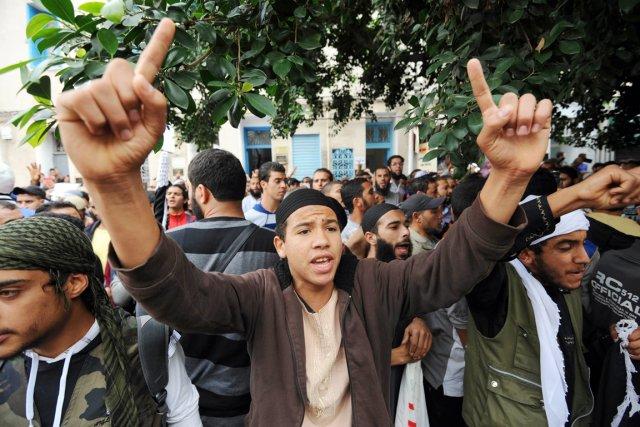Des violences éclatent régulièrement en Tunisie entre les... (PHOTO FETHI BELAID, ARCHIVES AFP)
