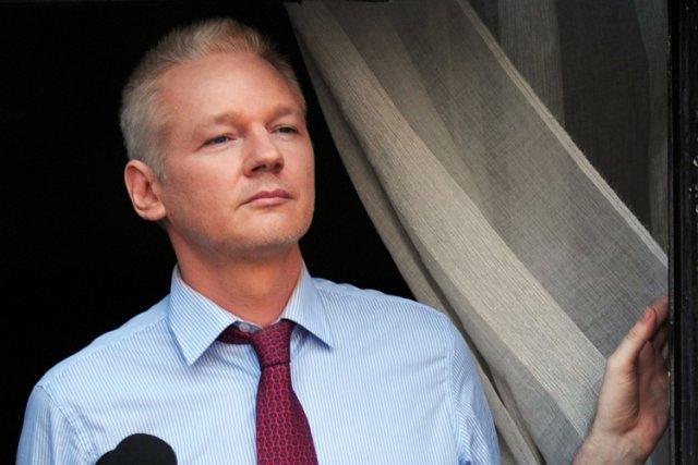 Julian Assange est réfugié à l'ambassade d'Équateur à... (Photo: AFP)