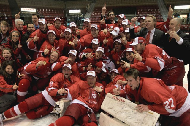 L'équipe masculine de hockey des Redmen de l'Université... (Photo La Presse Canadienne)