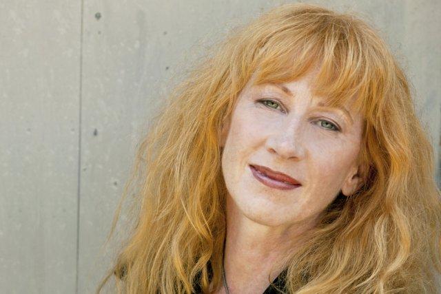 L'auteure-compositrice-interprète canadienne Loreena McKennitt sera en spectacle à...