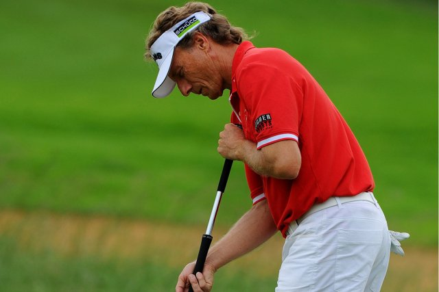 Bernhard Langer... (Photo Alexander Joe, AFP)