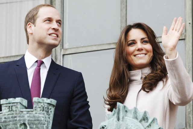 Le prince William et la duchesse Kate, lors... (PHOTO LUKE MACGREGOR, REUTERS)