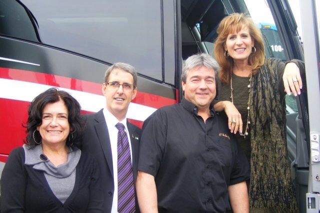 Sandra Pupatello a visité hier l'entreprise 417 BusLine,... (Samuel Blais-Gauthier, LeDroit)