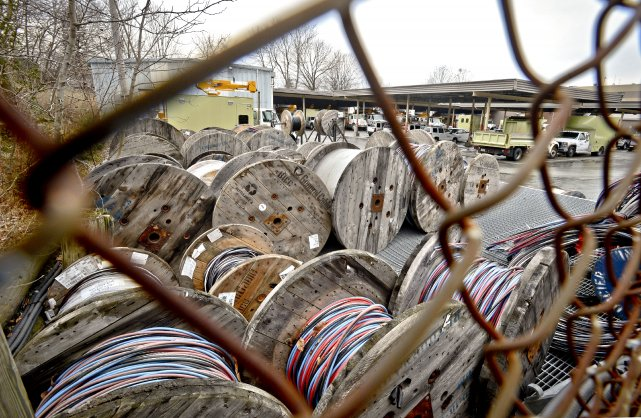 Des installations d'Hydro-Sherbrooke seront aussi bien protégées qu'une prison.... (Imacom, Jocelyn Riendeau)