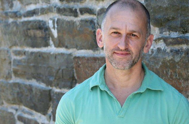Étant lui-même homosexuel, le réalisateur acadien Paul-Émile d'Entremont,... (Courtoisie, Glenn Walton)