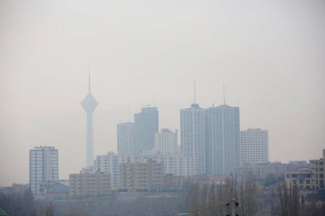 Le pic de pollution a atteint depuis plusieurs... (PHOTO BEHROUZ MEHRI, AFP)