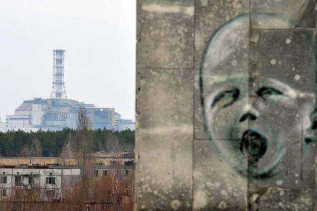 La centrale nucléaire de Tchernobyl.... (PHOTO SERGEI SUPINSKY, AFP)
