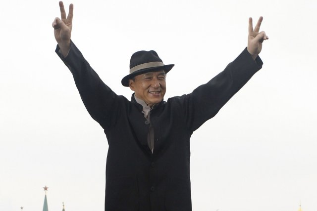 Jackie Chan en visite à Moscou.... (Photo: Reuters)
