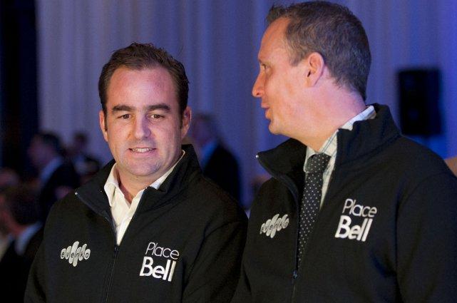 Geoff Molson et le nouveau maire de Laval,... (Photo Hugo-Sébastien Aubert, La Presse)