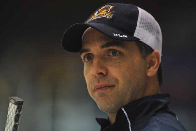 L'entraîneur des Cataractes, Denis Chalifoux.... (Photo: Sylvain Mayer)