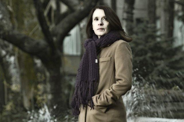La romancière Véronique Olmi scrute les blessures de... (Photo Bernard Brault, La Presse)