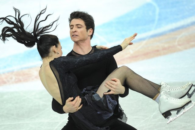 Tessa Virtue et Scott Moir... (Photo : Alexander Nemenov, AFP)