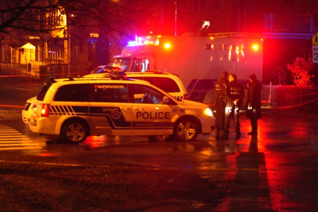 Ce sont des policiers qui patrouillaient dans le... (PHOTO SYLVAIN RYAN, COLLABORATION SPÉCIALE)