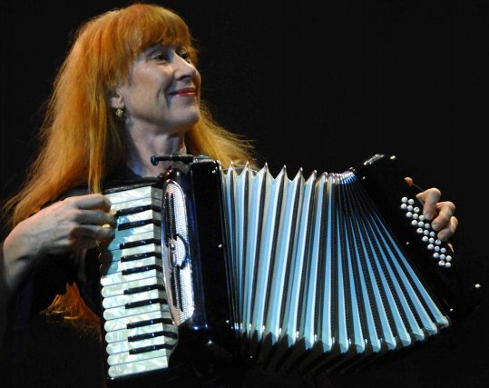La chanteuse Loreena McKennitt... ((Photo Michel Tremblay))