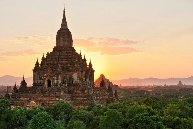 La Birmanie dévoile ses charmes aux touristes....