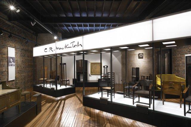 Une exposition de meubles conçus par Charles Rennie... (Photo fournie par l'Office de tourisme de Glasgow)