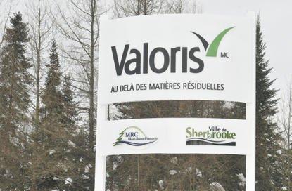 Valoris dépensera plus de 3 M $ pour acquérir le centre de transfert bordant... (Archives La Tribune)