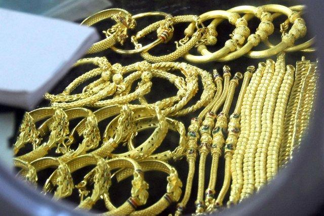 Les Chinois sont friands de produits de luxe... (PHOTO UDO WEITZ, ARCHIVES BLOOMBERG NEWS)