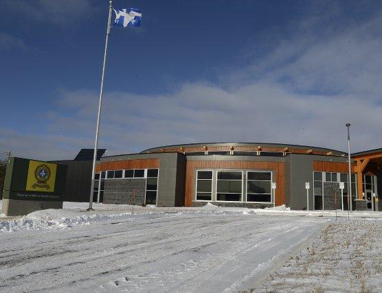 Nouveau poste de la Sûreté du Québec à... (Photo Jeannot Lévesque)