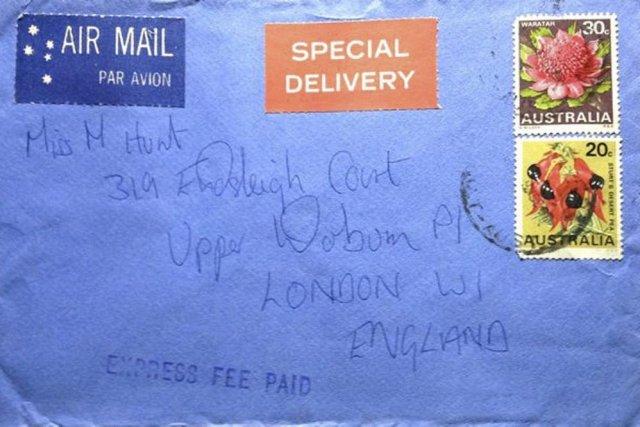 L'enveloppe d'une des lettres d'amour envoyées à Marsha... (Photo: Reuters)
