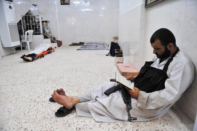 «Bachar al-Assad a aidés [les djihadistes] à entrer... (PHOTO BULENT KILIC, ARCHIVES AFP)