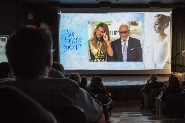 Céline Dion et René Angélil ont donné le coup d'envoi, hier, de la plus grande... (Photo: Olivier Pontbriand, La Presse)
