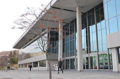 Après les chercheurs, c'est au tour des syndicats de l'Université de Sherbrooke... (Archives La Tribune, Maxime Picard)