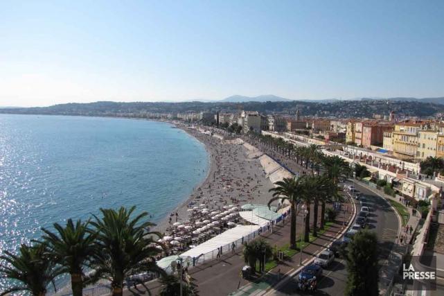 Nice a été immédiatement délaissée par les touristes... (PHOTO ARCHIVES LA PRESSE)