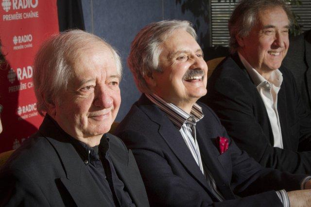 SergeGrenier (gauche) est accompagné deMarc Laurendeauet André Dubois,... (PHOTO ANDRÉ PICHETTE, ARCHIVES LA PRESSE)