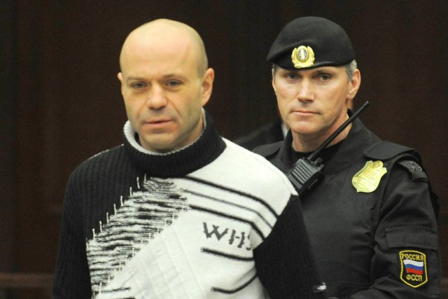 L'ancien lieutenant-colonel Dmitri Pavlioutchenkov, qui a reconnu sa... (PHOTO ANDREY SMIRNOV, AFP)