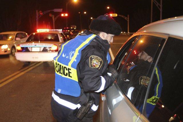 Douze personnes ont été arrêtées au Québec pour... (photo Stéphane Champagne, archives La Voix de l'Est)